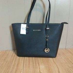 New w/ tags Michael Kors Jet Set tote
